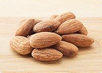 オメガ3脂肪酸とビタミンEを多く含むアーモンド